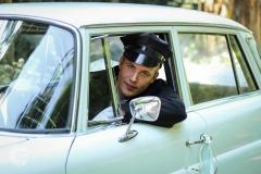 IsabelvanVeen-Shoots-Trouwreportage-chauffeur-auto-trouwauto (7)
